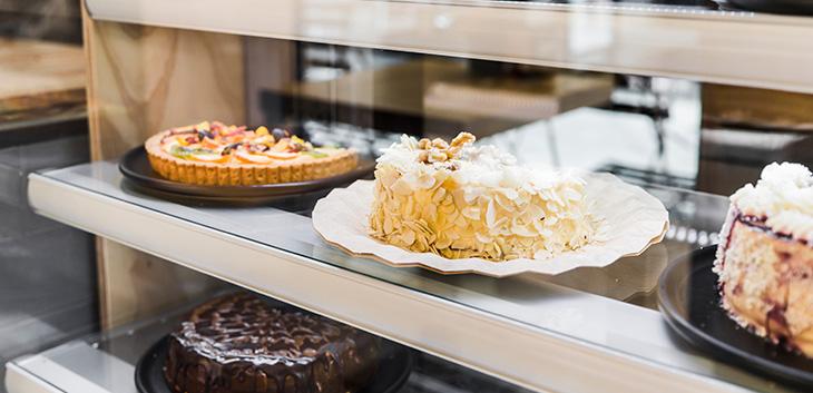 Mua bán thanh lý tủ trưng bày bánh kem cũ giá tốt