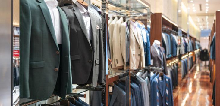 Thanh lý nội thất cửa hàng quần áo