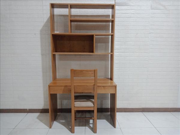 Bộ bàn học sinh gỗ Sồi Nga SP010247