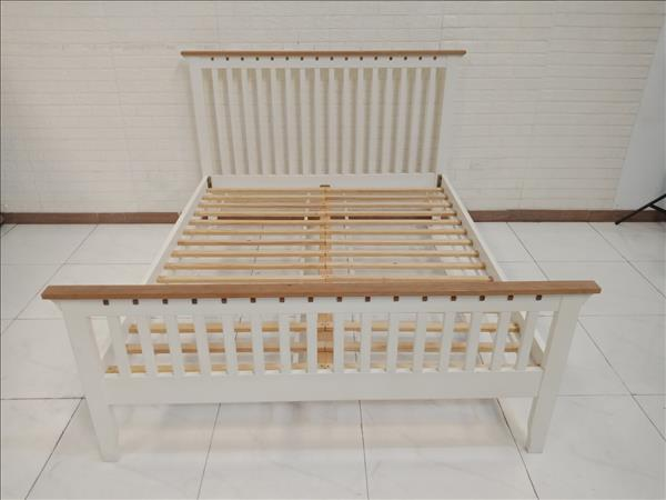 Giường gỗ cao su cũ SP010482