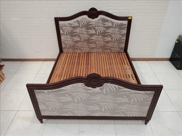 Giường gỗ cao su cũ SP010535