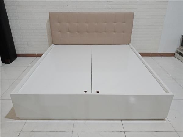 Giường gỗ cũ SP010320.1
