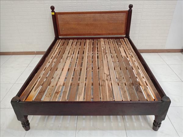 Giường gỗ Gõ đỏ cũ SP010343.1