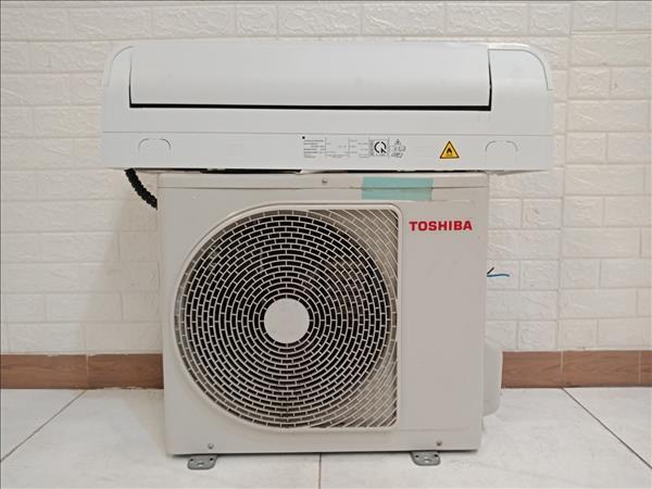 Máy lạnh TOSHIBA RAS-H10QKSG-V cũ