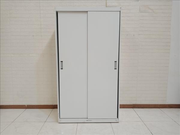 Tủ quần áo cũ SP010381