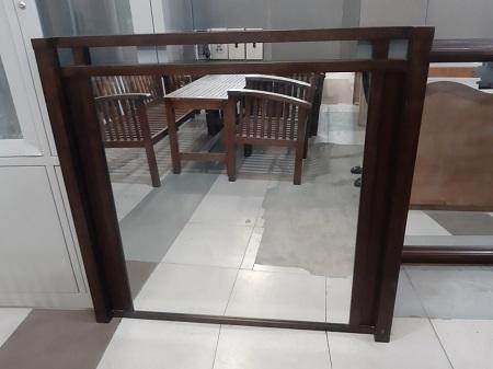 Gương soi cũ SP014252