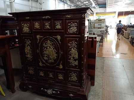 Tủ thờ gỗ tự nhiên cũ SP014527