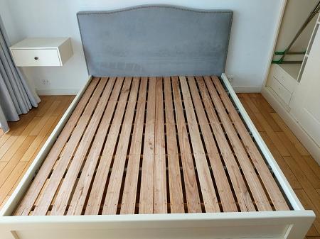 Giường gỗ MDF cũ SP016238