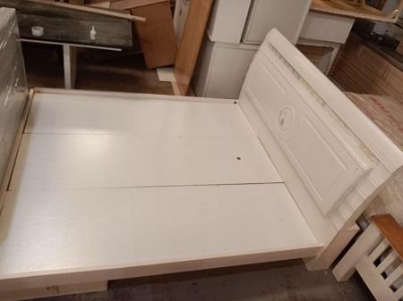 Giường  gỗ MDF cũ SP016239
