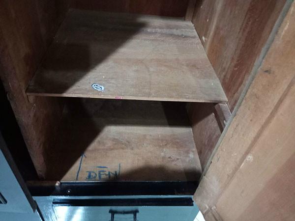 Tủ quần áo cũ SP004502