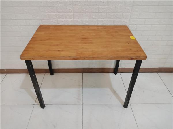 Bàn ăn gỗ cao su cũ SP010880