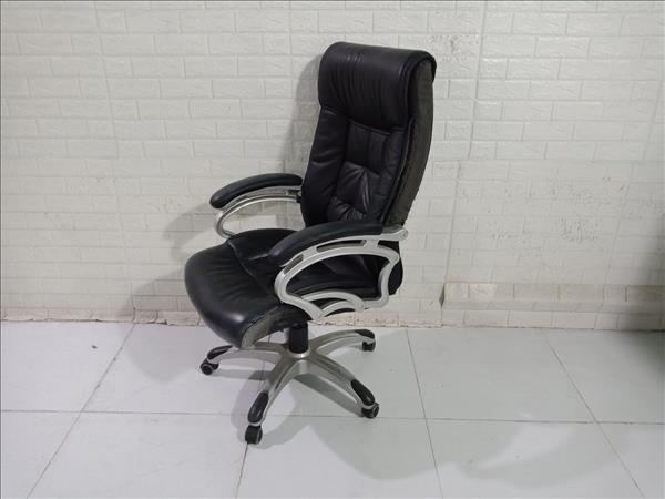Ghế trưởng phòng cũ SP010926.2