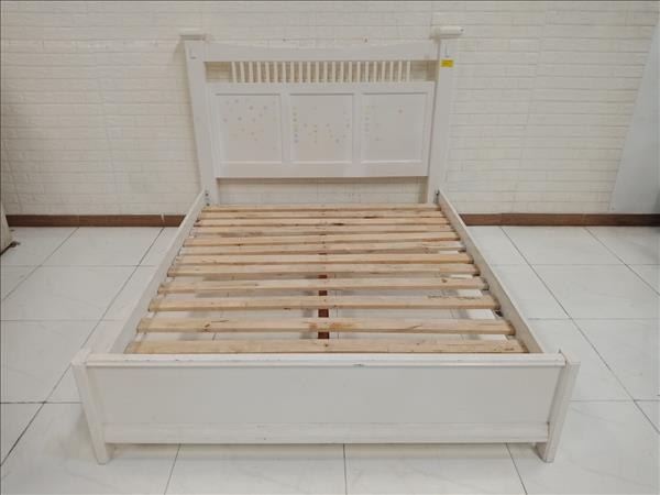 Giường gỗ cao su cũ SP010835.1