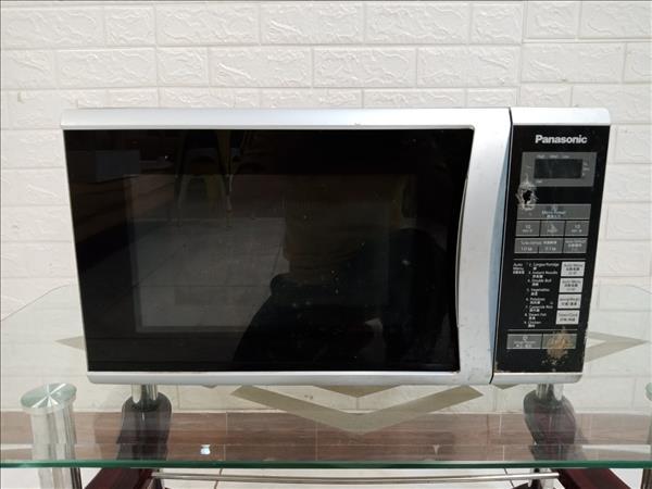 Lò vi sóng Panasonic NN-ST340M cũ