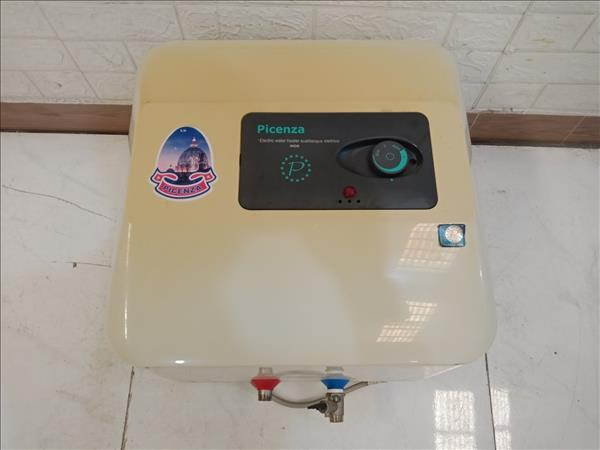 Máy nước nóng Picenza S40 cũ SP010841