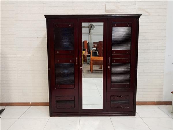 Tủ quần áo cũ SP010676