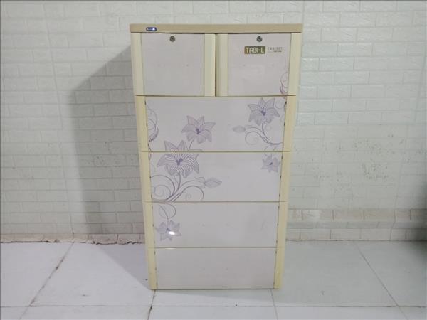Tủ quần áo nhựa Duy Tân cũ SP010962