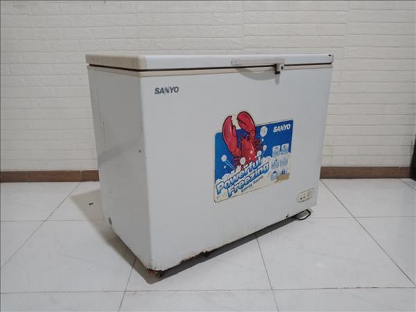 Tủ đông Sanyo SF-C30K cũ