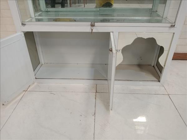 Tủ trưng bày nhôm kính cũ SP011060