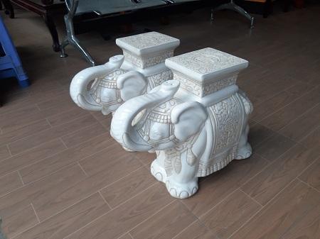 Đôn con voi cũ SP014651