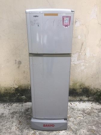 Tủ lạnh SANYO 140 lít SR-14JD cũ SP014684