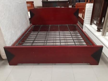 Giường gỗ MDF cũ  SP014706