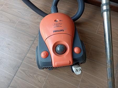 Máy hút bụi Philips cũ SP014714