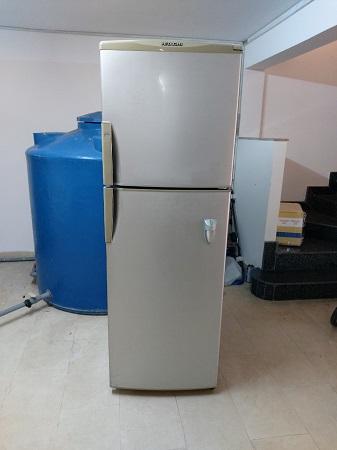 Tủ lạnh Hitachi  298 lít R-31AG4D cũ SP014638.1