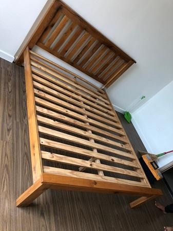 Giường gỗ tự nhiên cũ SP014761