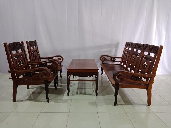 Bộ sofa gỗ Hương cũ SP005952