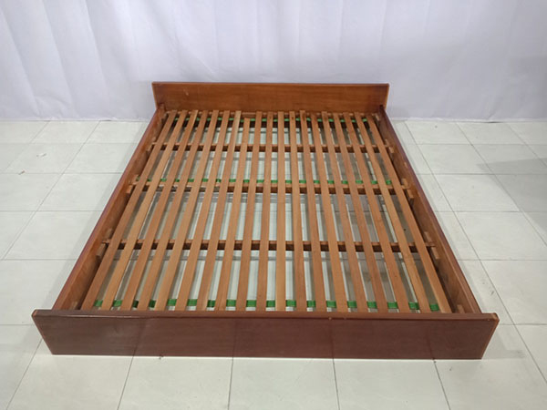 Giường cũ SP005568