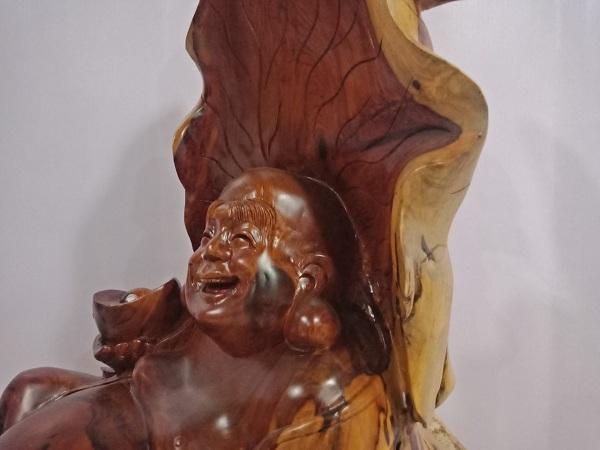 Tượng Di Lặc ngồi lá sen gỗ Hương 93x36x60 cm
