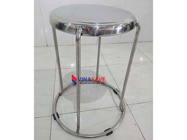 Thanh lý ghế inox cũ thiết kế dạng đôn tròn, nhỏ gọn, có thể xếp chồng - 985
