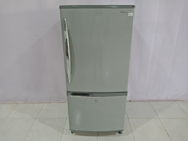Tủ lạnh PANASONIC NR-B202GW cũ