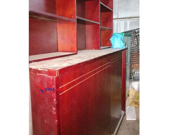Thanh lý tủ sách cũ bằng gỗ giá rẻ, mẫu mã đa dạng, không mối mọt - 371