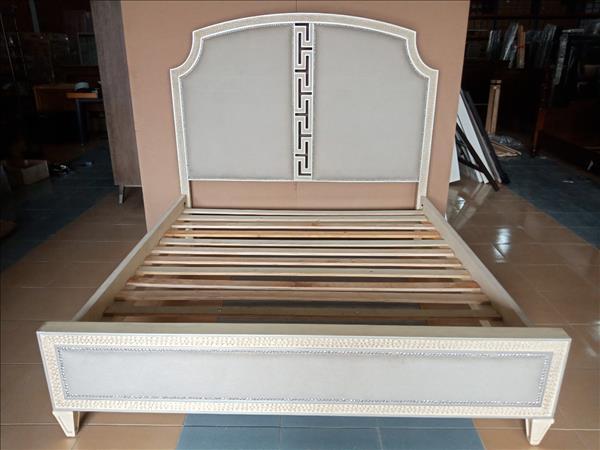 Giường gỗ SP012056