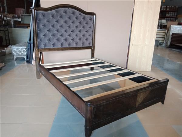 Giường gỗ tự nhiên mới 100% SP012076