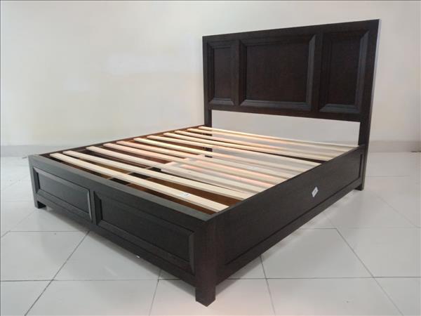 Giường gỗ tự nhiên SP011842