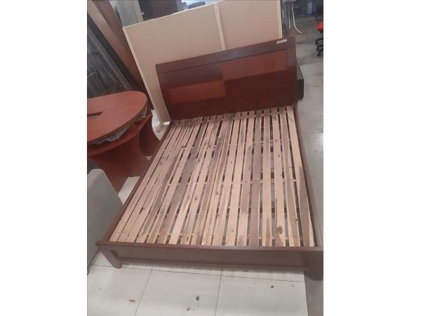 Giường gỗ SP011868