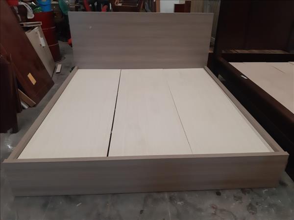 Giường gỗ SP012052