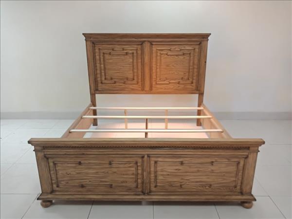 Giường gỗ tự nhiên SP011829