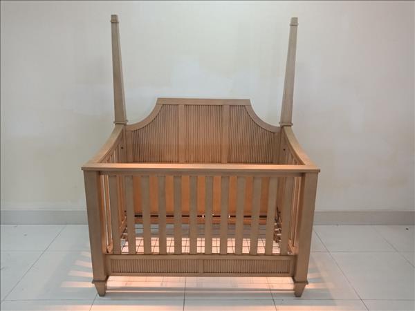 Nôi em bé gỗ tự nhiên SP011761