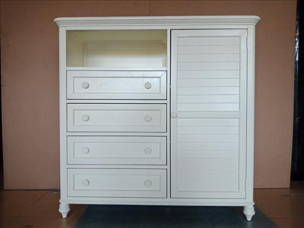 Tủ dresser mới 100% SP011926
