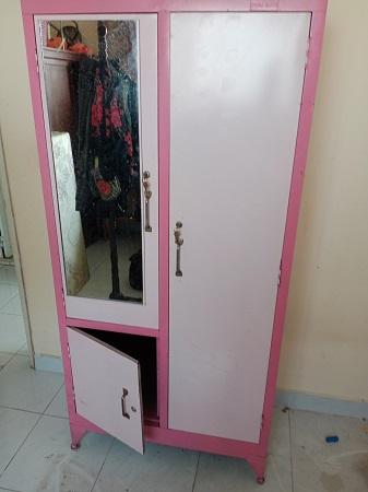 Tủ quần áo sắt cũ SP015077