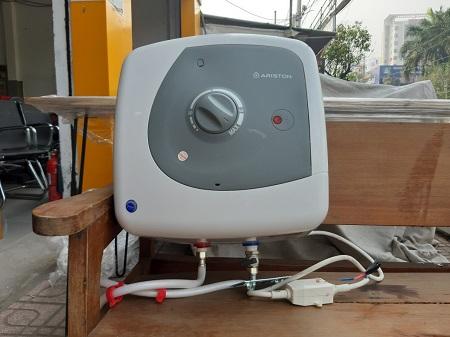 Máy nóng lạnh  ARISTON STARN15R2.5FE cũ SP015162