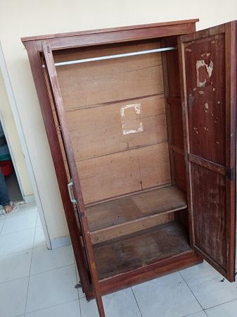 Tủ quần áo gỗ tự nhiên cũ SP015078