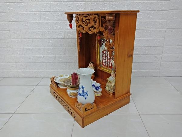 Bộ bàn thờ ông địa gỗ cao su cũ SP006931