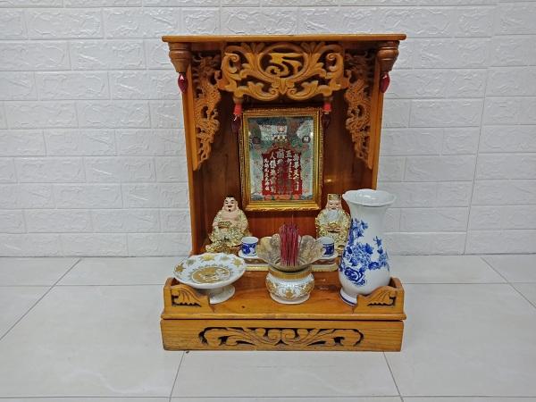 Thanh lý bộ bàn thờ ông địa gỗ cao su cũ giá rẻ SP006931