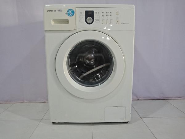 Máy giặt Samsung WF8550NHW cũ