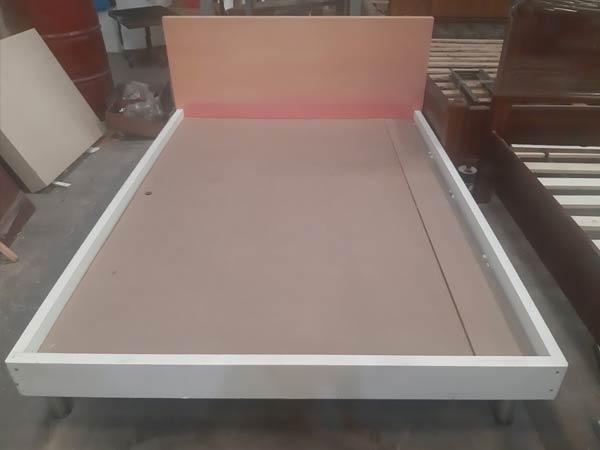 Giường ngủ cũ SP012358